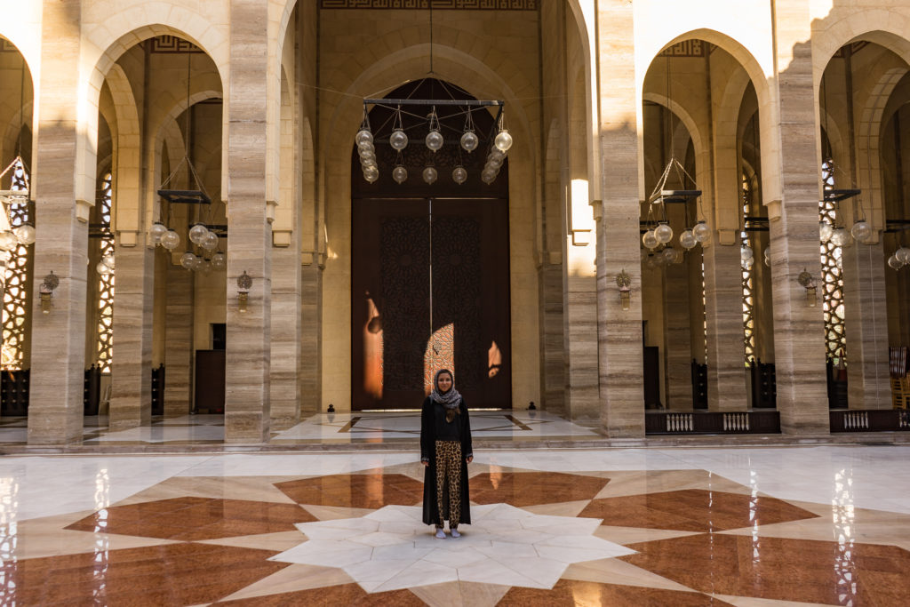 Wearing hijab and abaya at the Al Fateh Grand Mosque, Bahrain