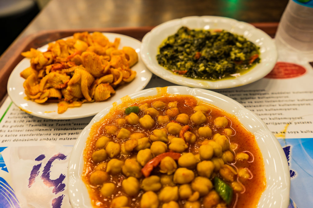 Turkish vegan food: Chickpeas