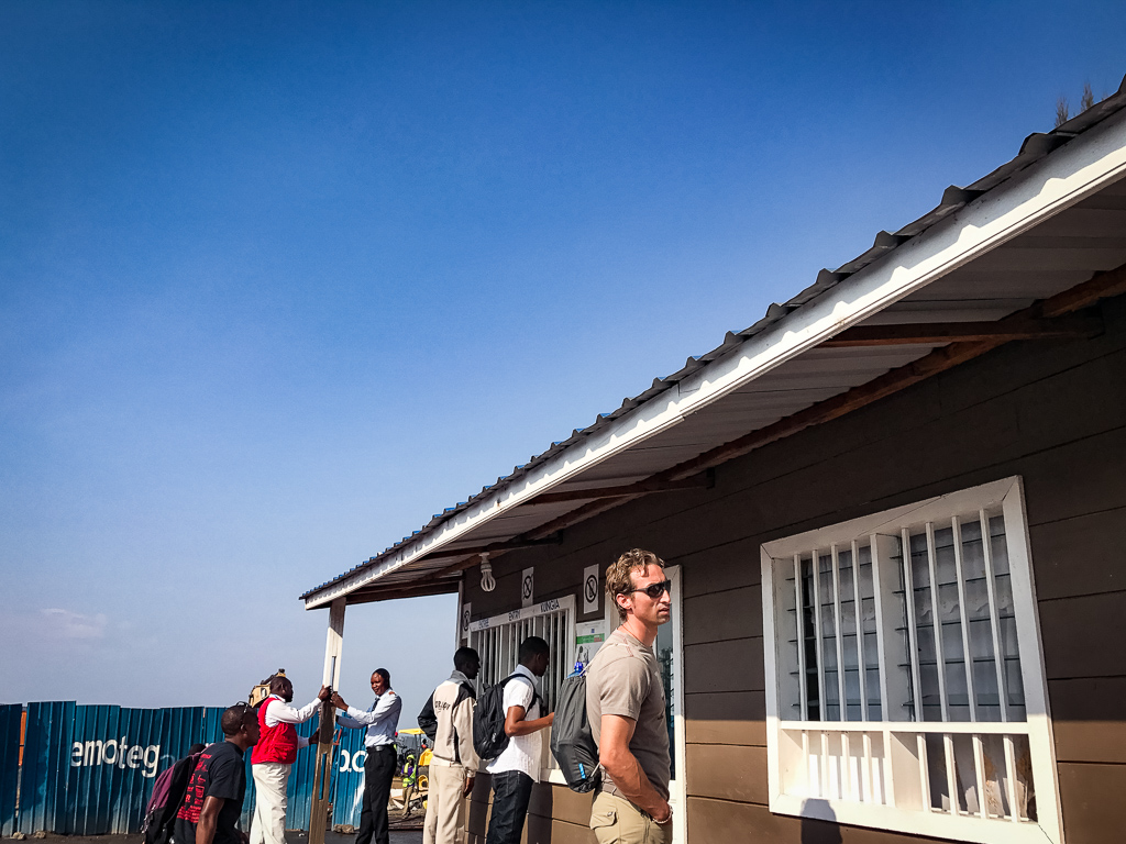Crossing the border from Gisenyi, Rwanda, to Goma, DR Congo